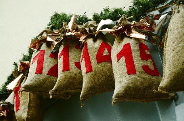 Die Geschenk-Ideen von Karstadt helfen jedem aus der Klemme! Ob für Ihn, für Sie, für Kinder - hier finden Sie für jeden das passende Weihnachtsgeschenk.