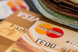 Kostenlose Kreditkarten: Sie können inzwischen aus einer Vielzahl von kostenlosen Kreditkarten wählen. Wir haben 4 Karten für Sie ausgewählt:
