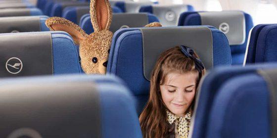 Entdecken Sie im großen Lufthansa Osterkalender jeden Tag die spannenden Osterbräuche eines anderen Landes und nutzen Sie täglich die Chance, tolle Preise für sich und Ihre Familie zu gewinnen: von coolen Bausätzen über lustige Spiele und spannende Bücher bis zu einem europaweiten Lufthansa Flug für die ganze Familie.